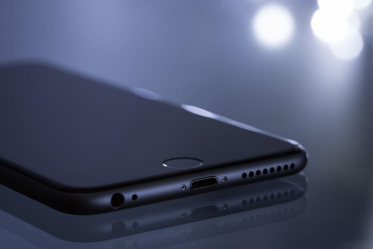 5 Simple Ways to Fix My iPhone Screen is Black - Vergizmo